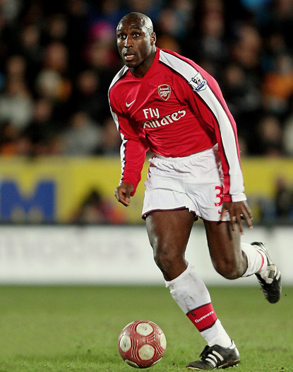 Sol Campbell (Inglaterra).