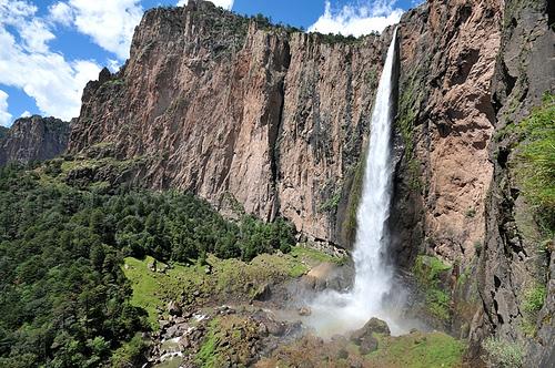 Чихуахуа - водопад Басасеати.