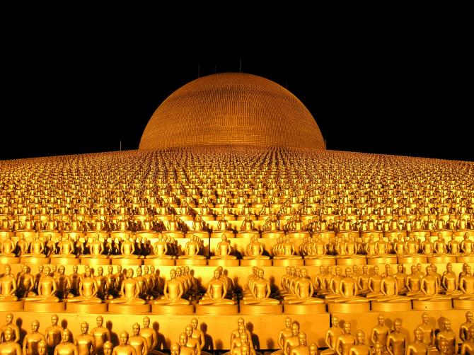Ват Пхра Дхаммакая (Таиланд)