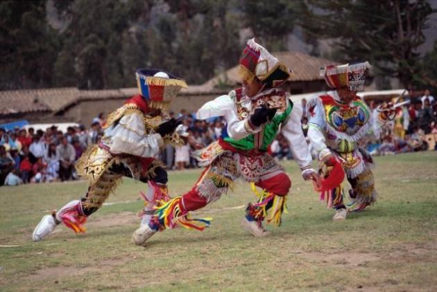 Scissors dance, Peru
