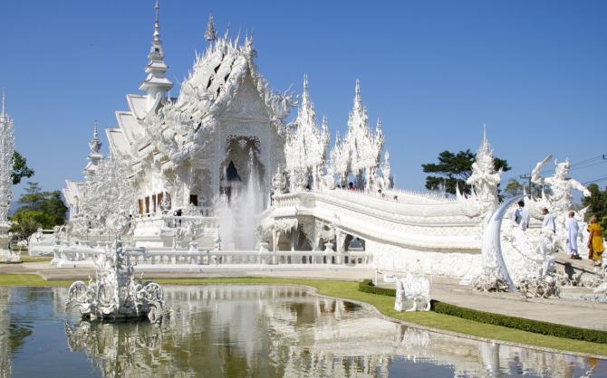 Wat Rong Khun (Thailand)