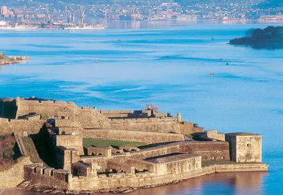 Замки Сан-Фелипе и Ла-Пальма