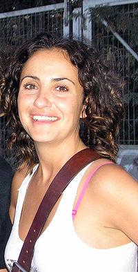 Мелани Оливарес
