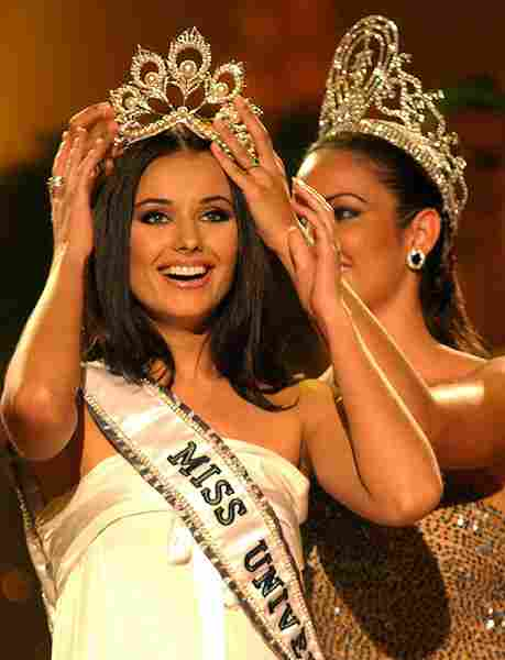 Miss Universe 2002-Russia (Detronated)