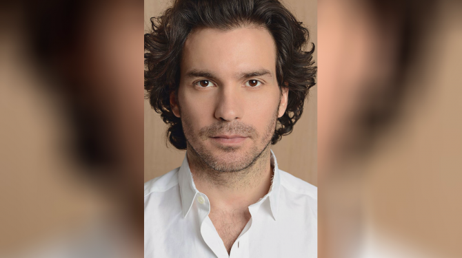 Best Santiago Cabrera movies