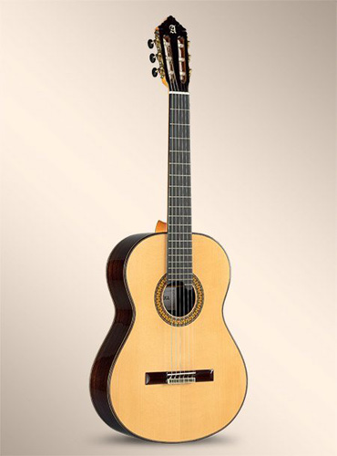 Альгамбра 11P Классическая гитара