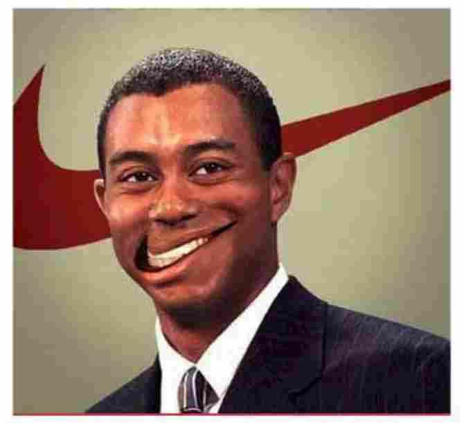 Hình ảnh Tiger Woods - Nụ cười logo Nike