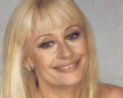 Рафаэлла Карра (певица и актриса)