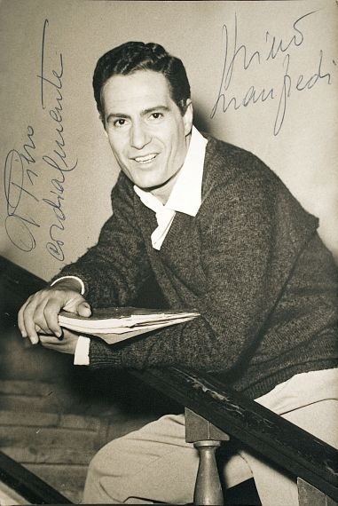 Nino Manfredi (actor, filmmaker and singer)