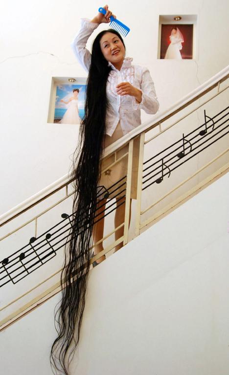 Женщина с наибольшим количеством волос