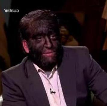 Мужчина с самыми лицевыми волосами