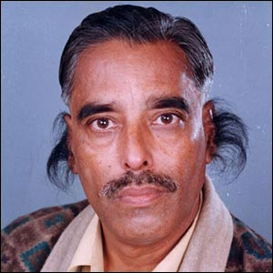 Человек с наибольшим количеством волос на ухе