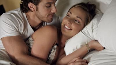 Paare mit mehr Seifenoper Chemie