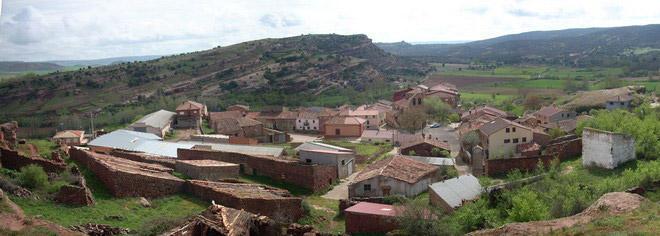 Alcolea de las Peñas, Guadalajara - (17 inhabitants)