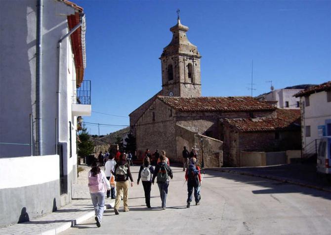 Cabras Castle, Castellón (16 inhabitants)