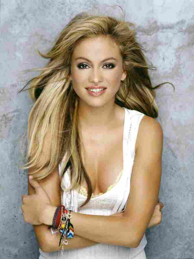 Paulina blond