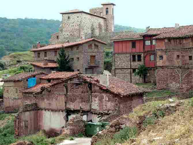 Pinillos, La Rioja - (16 inhabitants)