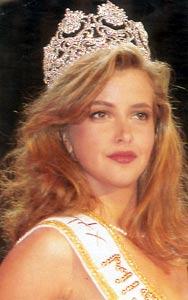 SOFÍA MAZAGATOS (1991)