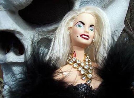 Barbie Vampire
