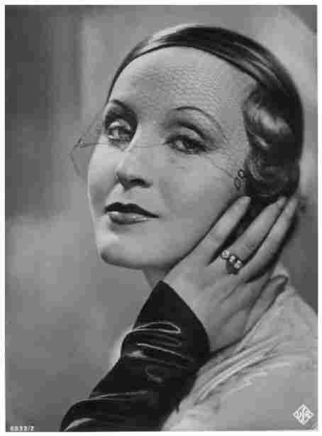 BRIGITTE HELM (1908-1996)