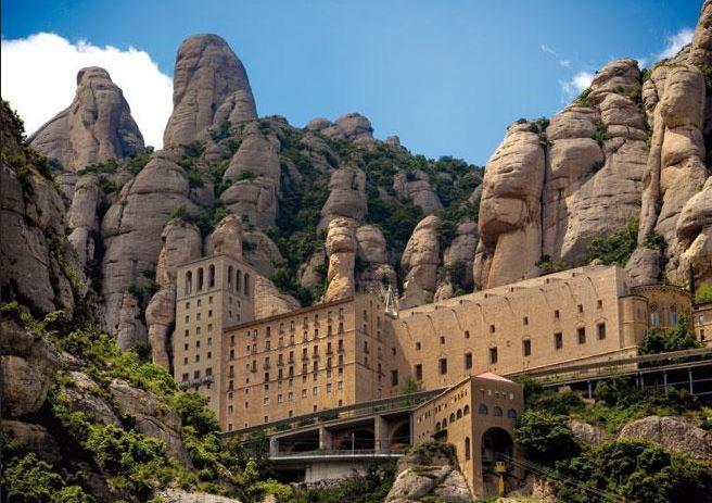 Tome un viatge d'un dia a Montserrat