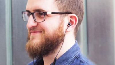 ¿Cuáles son los mejores cables en la oreja?