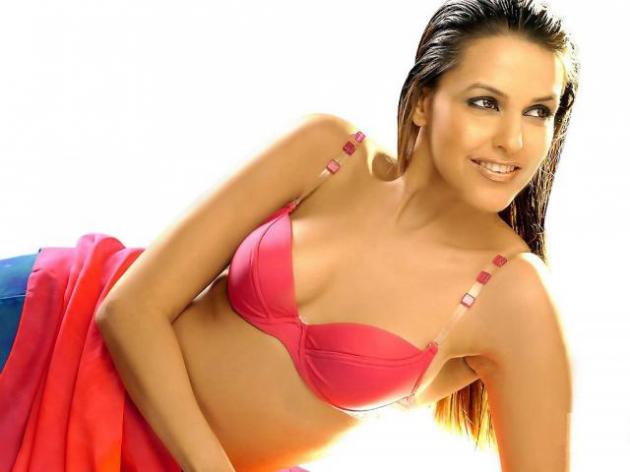 Neha Dhupia (Cochin, Querala)