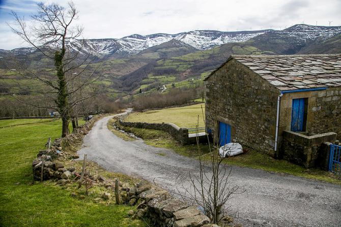 San Pedro del Romeral (Cantabria)