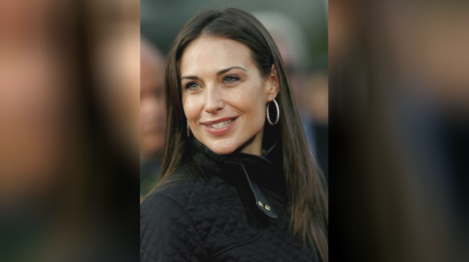 Best Claire Forlani movies