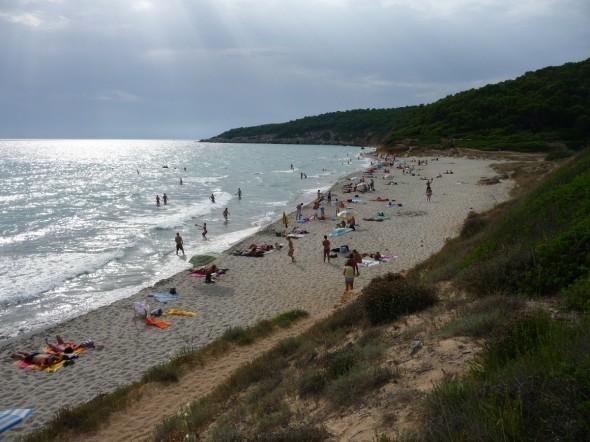 Пляж Бинигаус, Менорка