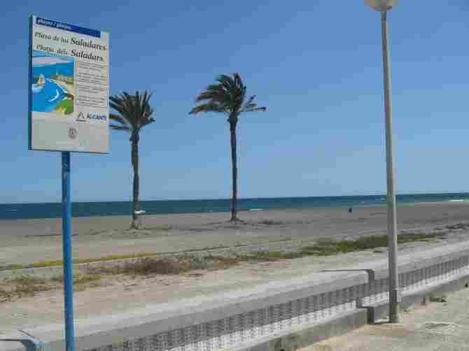 Playa de los Saladares, Urbanova (Alicante)
