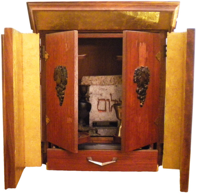 1. Dybbuk box