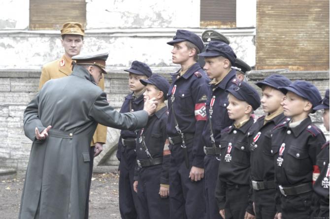 Der Untergang (2004)
