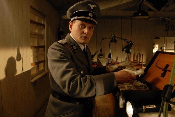 Les faussaires (2007)