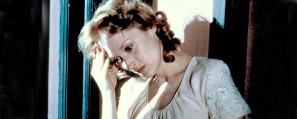 Sophie's decision (1982)