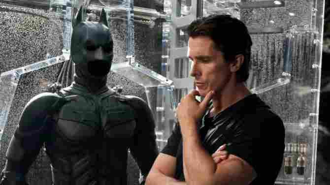 Alfred ist der leibliche Vater von Bruce Wayne