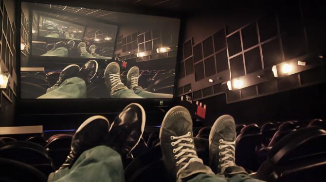 De mest absurde teorierna om film