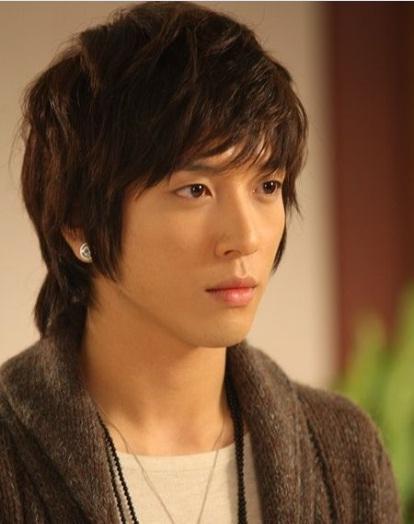 29. Shin woo (Jung Yong Hwa) - Deine Schöne