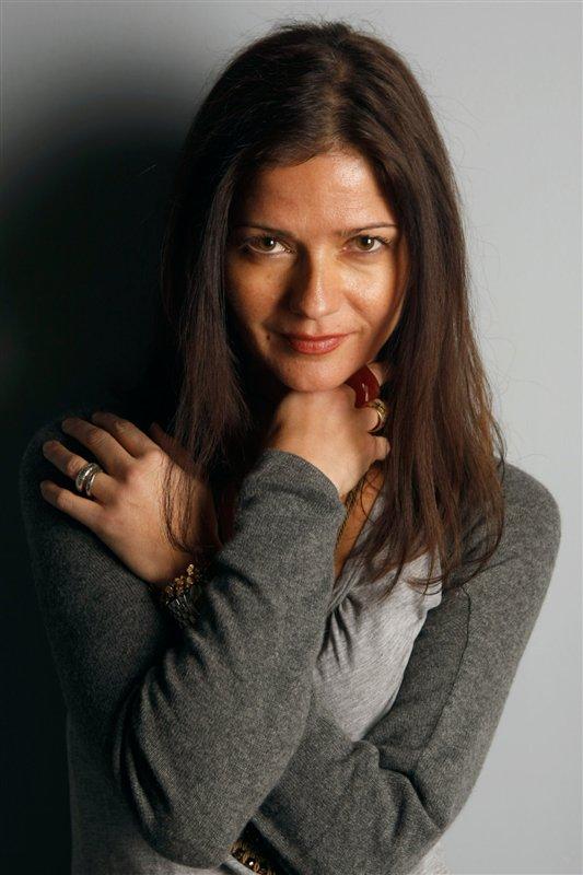 Jill Hennessy - Jo