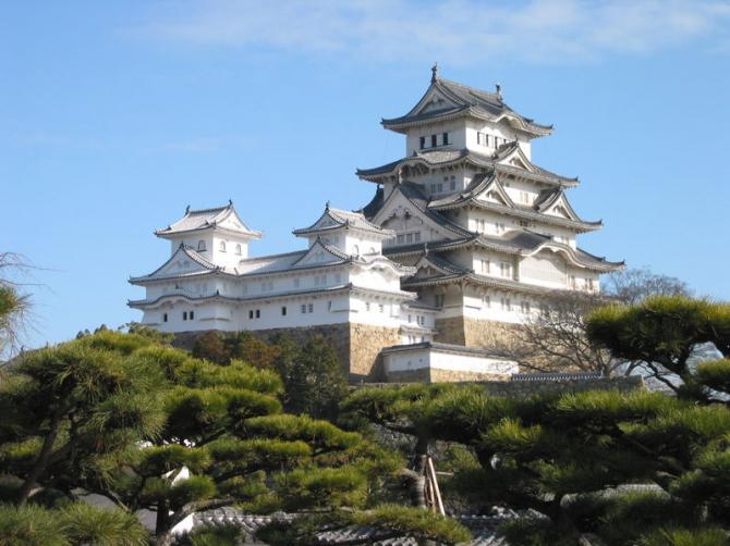 Замок Химэдзи (Япония)