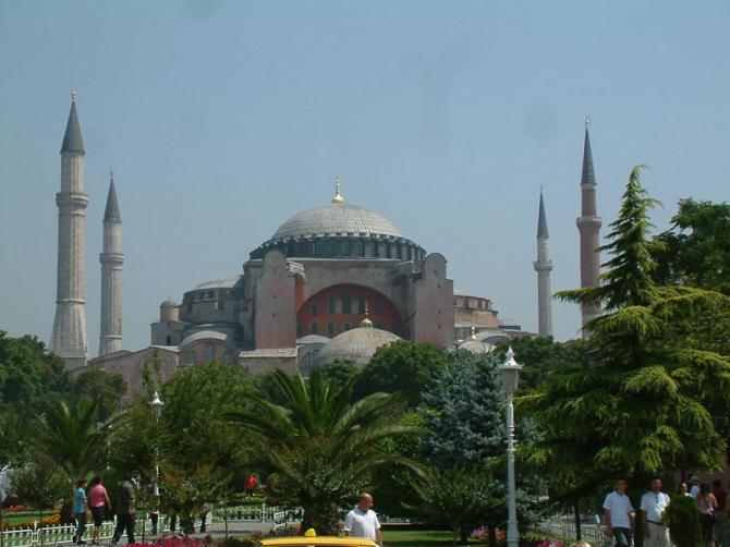 Базилика Санта-София в Стамбуле (Турция)