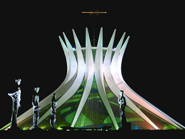 БРАСИЛИЯ (БРАЗИЛИЯ)