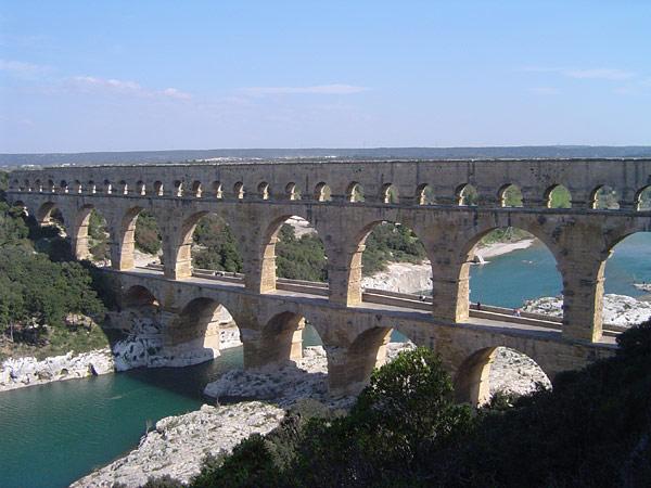 Roman aqueduct Pont du Gard (France)