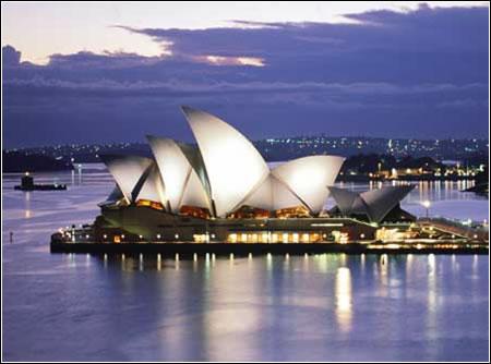 Sydney Opera House (Australia)