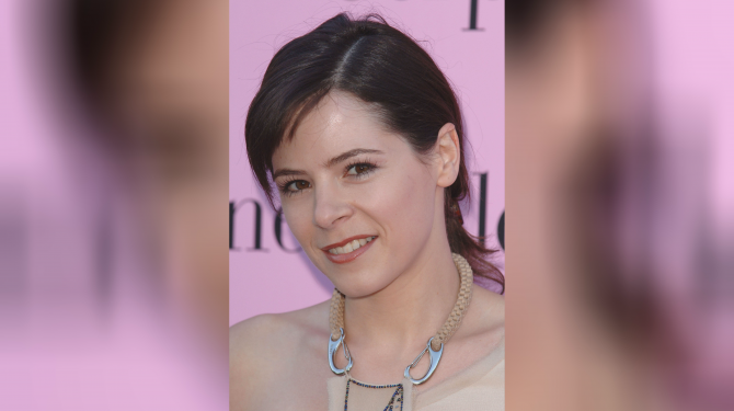Best Elaine Cassidy movies