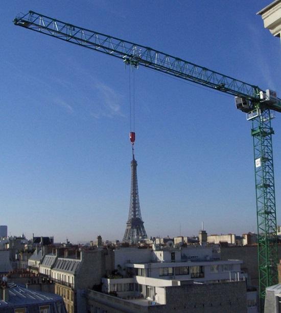 E então eles trouxeram a Torre Eiffel
